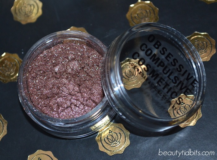 GLOSSYBOX Holiday 2014 - OCC Loose Color Concentrate Smote