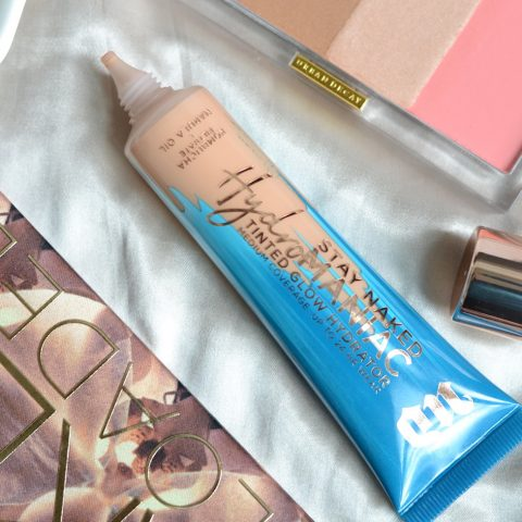 Urban Decay Hydromaniac Tinted Glow review